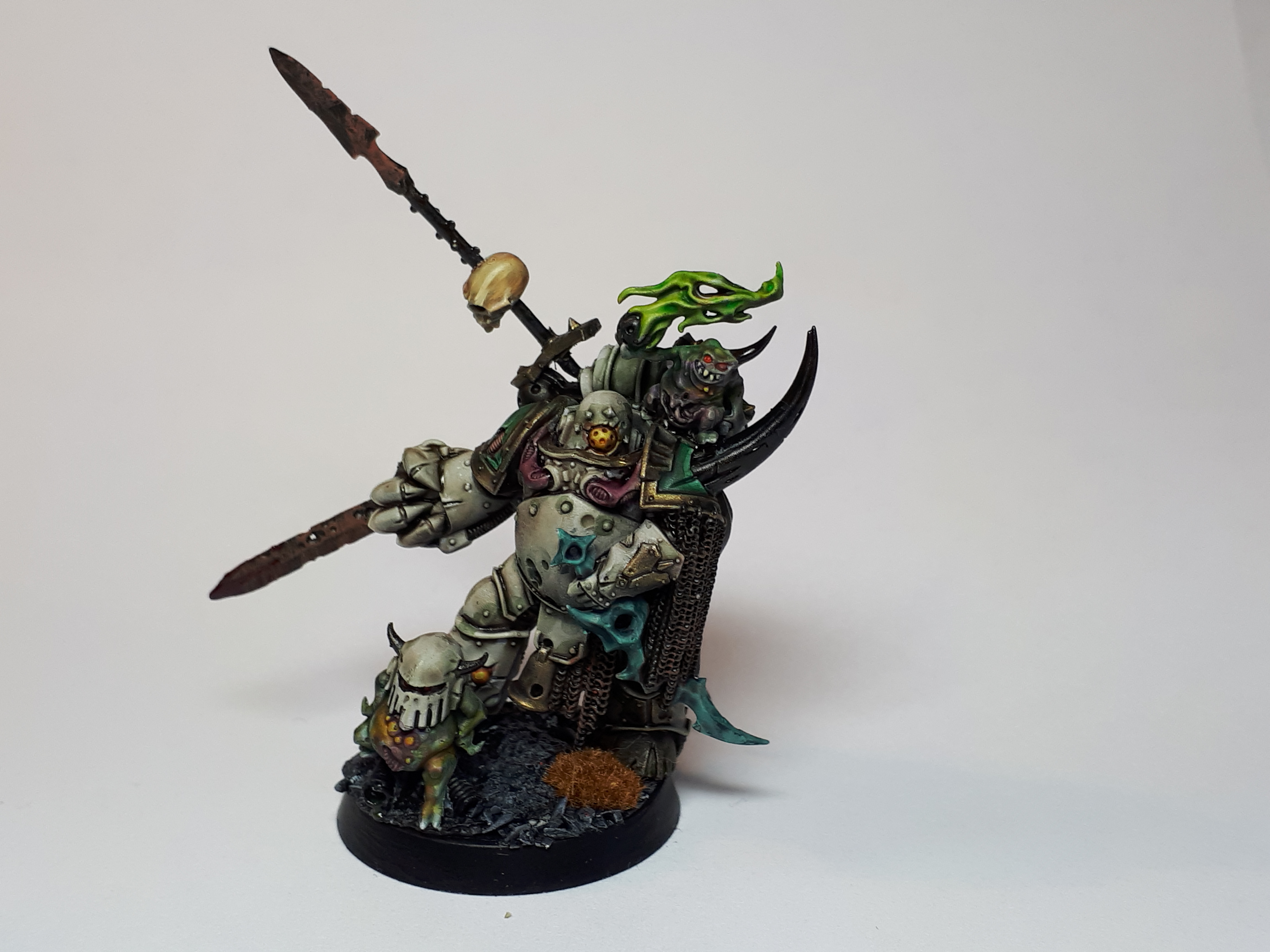 Plague Marine Champion with power-fist and plague knife in Pre-Heresy Legion  colours