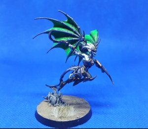 Side angle view Khinerai Lifetaker swoops
