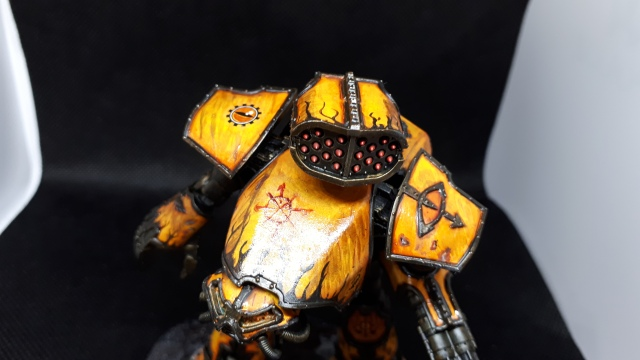 Tiger Eyes Reaver Titan Top View