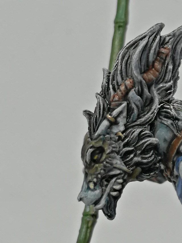 Serethis, Wolfen Hunter Unit Leader repainted by Lead Mountain Widow close up of face/mask