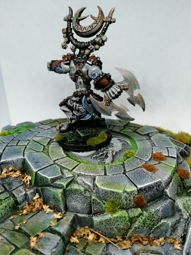 Rackham Killyox miniature, painted by Lead Mountain Widow rear view